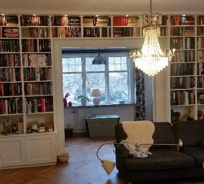 platsbyggd-bokhylla-stockholm-9